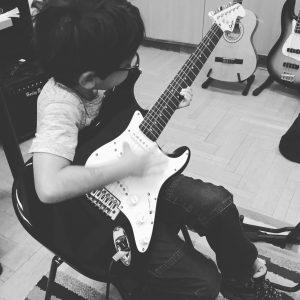 iván gitáros bmz